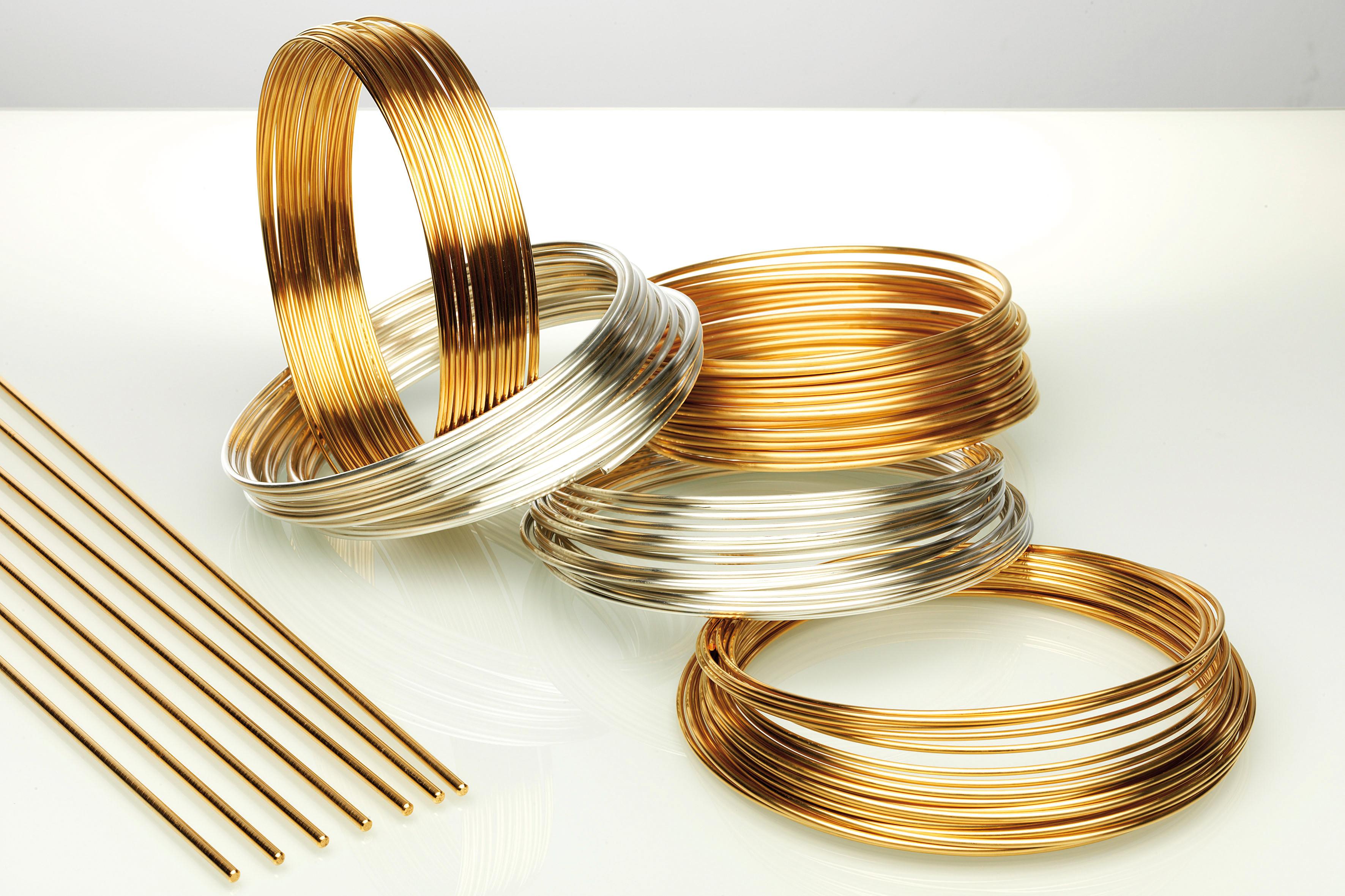Draehte aus Gold und Silber