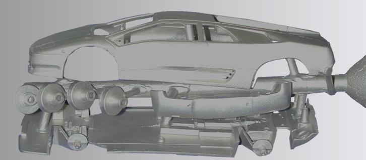 Modellauto aus einer Platinlegierung