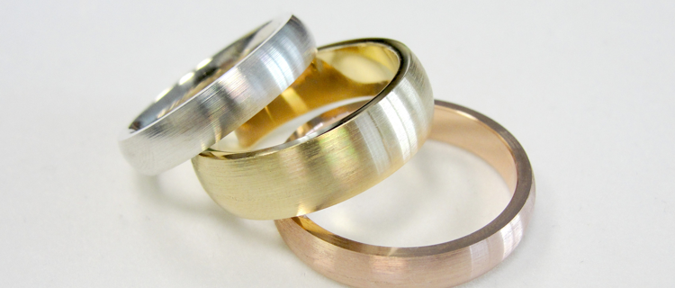 rings in white, yellow and rose gold